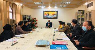 السيد عميد الكلية يلتقي برؤساء الأقسام العلمية و المقررين